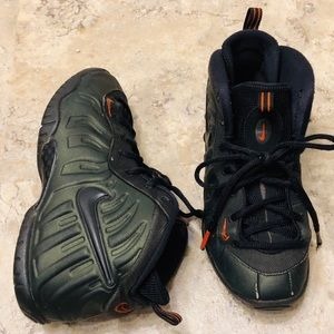 Nike Foamposite Pro Sequoia Green Youth Size 3Y
